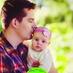 Bizi dünyaya getiren babalarımız.. Onları hiçbir etikete ihtiyaç duymadan, koşulsuz ve sadece babamız oldukları için seviyor, sevgiyle kucaklıyoruz. Tüm babalarımızın Babalar Gününü kutlarım.