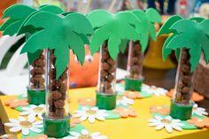 TUBETES  NÃO ACOMPANHA GULOSEIMAS Moana Birthday Party, Safari Birthday Party, Flamingo Birthday, Luau Birthday, Flamingo Party, Luau Party, Jungle Party, Birthday Parties, Festa Moana Baby