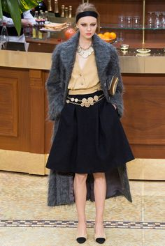 Chanel - Fall 2015 Ready-to-Wear - Look 51 of 98