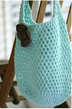 Free Crochet Pattern For Small Tote Bag : 1000+ images about Crochet Bags on Pinterest Crochet ...