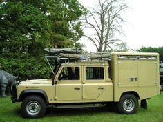 130 Land Rover Defender