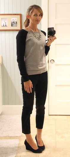 casual sweater, ankle length pants, black wedges, statement necklace