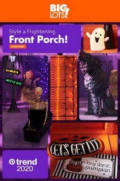 Dollar Tree Halloween, Halloween Porch, Outdoor Halloween, Diy Halloween Decorations, Holidays Halloween, Halloween Themes, Halloween Crafts, Snoopy Halloween, Halloween Artwork