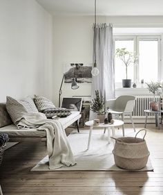 Neutral colors and greenery - via cocolapinedesign.com