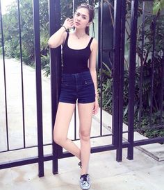 Black Tank Top Fashion of Sofia Andres Simple Outfits, Trendy Outfits, Filipino Fashion, Uzzlang Girl, Pretty Eyes, Celebs, Celebrities, Woman Crush, Black Tank Tops