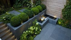Have you ever heard about a Sunken garden? If you are familiar with an English garden style then you might now what it is. The Sunken garden is a formal, traditional English-style garden which is a… Back Gardens, Small Gardens, Outdoor Gardens, Indoor Outdoor, Modern Garden Design, Contemporary Garden, Modern Landscape Design, Contemporary Apartment, Contemporary Office