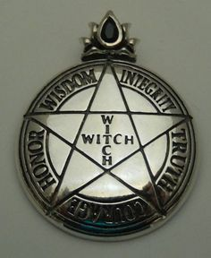 WITCH PENTACLE Pendant in .925 Sterling Silver - Magick High Priestess PENTAGRAM amulet