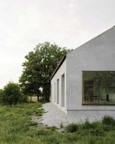 Minimalist house on island of Gotland is designed by Swedish architecture studio Etat Arkitekter. The family vacation house is built with concrete and wood. Architecture Renovation, Architecture Design, Ancient Architecture, Sustainable Architecture, Landscape Architecture, Architect House, John Pawson Architect, Stone Houses, Contemporary Architecture