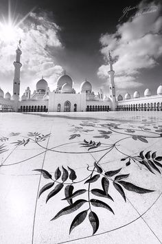 black-and-white:    Sheikh Zayed Grand Mosque | by yasir2007