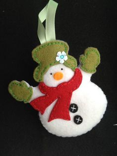 This little snowman is made up of felt and hand stitched it has some filling to give a elegant and a good look Perfect and different ornaments for you Christmas tree FREE UK DELIVERY! Sewn Christmas Ornaments, Felt Ornaments Patterns, Felt Christmas Decorations, Christmas Sewing, Christmas Snowman, Christmas Angels, Felt Snowman, Snowman Tree, Christmas Crafts