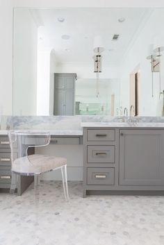 60 Inch Bathroom Vanity Single Sink With Makeup Area Google Search Bathroom Bathroom