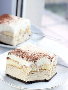 Great ways to make authentic Italian coffee and understand the Italian culture of espresso cappuccino and more! Just Desserts, Delicious Desserts, Yummy Food, Sweet Recipes, Cake Recipes, Dessert Recipes, Low Carb Side Dishes, Polish Recipes, No Bake Cake