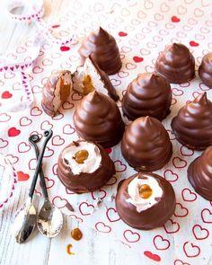"""Heidi sisusti kaksiostaan skandinaavisen boheemin pesän: """"Mielessä pyörii jatkuvasti uusia sisustussuunnitelmia. Unelmointi on onneksi ilmaista!"""" Cake Bars, Rocky Road, Caramel Apples, Food Inspiration, Making Ideas, Feel Good, Delicious Desserts, Cravings, Party"""