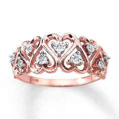 Give her your heart this Valentine's Day with this rose gold and diamond accent ring.
