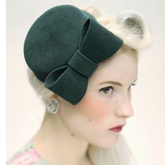 Classic Collection for Rokit Vintage felt pillbox hat with bow