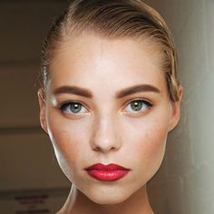 1 Trend, 4 Ways: Super-Cool, Bold Eyebrows