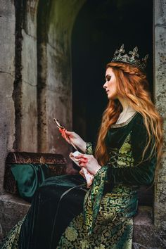 Photo about Red-haired woman in a green medieval dress near the castle. Image of gothic, cunning, knife - 96979969 Queen Aesthetic, Princess Aesthetic, Book Aesthetic, Red Aesthetic, Aesthetic Photo, Fantasy Inspiration, Character Inspiration, Bild Girls, Image Princesse Disney
