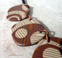 collana faux wood in pasta polimerica- particolare
