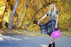 salty blondes fashion blog. Black plaid dress, pink bag