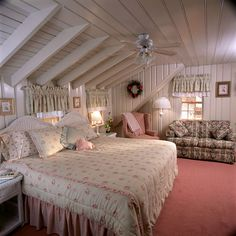 Port Fortune Room gives you you the sense that you are walking in to your own private Cape Cod cottage.