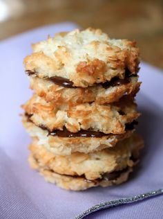 Coconut Macaroons: Cookies and Sandwiches