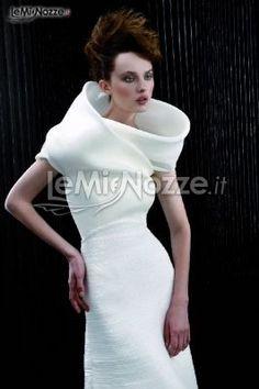 http://www.lemienozze.it/organizzazione-matrimonio/abito-sposa.php Tutto quello che c'è da sapere sugli abiti da sposa cliccando il link!