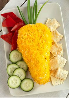 Easter Carrot Cheese Ball – The hardest part of this easy recipe? Waiting for the cream cheese mixture to cool in the refrigerator. This appetizer is perfect for Easter get-togethers!