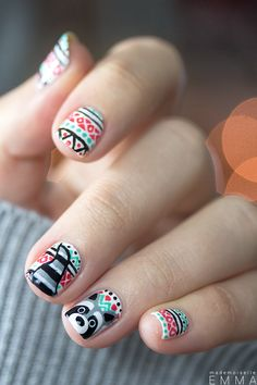 #NailArt - #vernis - #manucure - by Mademoiselle Emma Christmas Nail Designs, Christmas Nail Art, Nail Noel, Red Nails, Purple Manicure, Cute Raccoon, Red Nail Designs, Beach Nails, Nail Arts