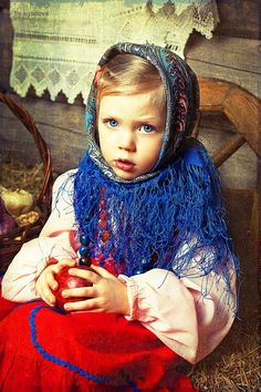 Russian beautiful liitle girl! The russian style - #fashion #moda - #mode