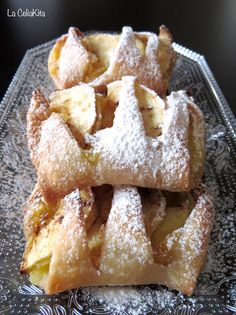 La CeliaKita: Hojaldritos de manzana y crema (sin gluten) Strudel, Churros, Vegan Gluten Free, Yummy Food, Sweets, Biscuits, French Toast, Baking, Breakfast