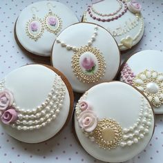 Cupcake Frosting Recipes, Easy Cupcake Recipes, Fondant Cupcakes, Cupcake Cakes, Super Cookies, Fancy Cookies, Royal Icing Cookies, Cookies Decorados, Cupcake Photography