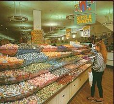 Woolworths pick n mix! :) sad Woolworth gone now! Loved that shop! 1980s Childhood, My Childhood Memories, Great Memories, Vintage Sweets, Retro Sweets, Vintage Toys, Old Fashioned Sweets, Thing 1, 90s Nostalgia