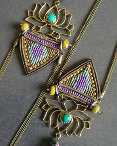 Earrings in macrame and fine stones, boho, hippie chic Hippie Chic, Hippie Elegante, Tribal Jewelry, Boho Jewelry, Handmade Jewelry, Micro Macramé, Tiger Eye Earrings, Ethnic Chic, Macrame Earrings
