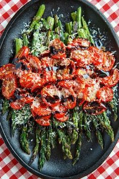 Balsamic Parmesan Roasted Asparagus and Tomatoes Roasted asparagus and tomatoes covered in melted parmesan and drizzled with a balsamic reduction. - Balsamic Parmesan Roasted Asparagus and Tomatoes by Closet Cooking Side Dish Recipes, Vegetable Recipes, Vegetarian Recipes, Cooking Recipes, Healthy Recipes, Broccoli Recipes, Dinner Recipes, Salad Recipes, Cooking Hacks