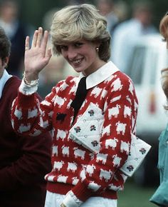 The ultimate in 80s fashion   The penultimate Sloane Ranger   Lady Diana Spencer