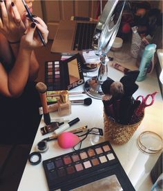 beauty and makeup inspiration My Beauty, Beauty Care, Beauty Makeup, Beauty Hacks, Hair Makeup, Beauty Ideas, Makeup Desk, Beauty Tips, Girly Things