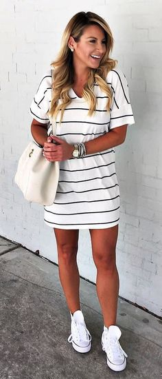 I love that this isn't crazy loose or super tight. Looks comfortable, and I love the stripes!