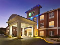 Manassas (VA) Holiday Inn Express & Suites Manassas United States, North America Stop at Holiday Inn Express & Suites Manassas to discover the wonders of Manassas (VA). The property features a wide range of facilities to make your stay a pleasant experience. Free Wi-Fi in all rooms, 24-hour front desk, facilities for disabled guests, express check-in/check-out, luggage storage are there for guest's enjoyment. Designed for comfort, selected guestrooms offer whirlpool bathtub, n...