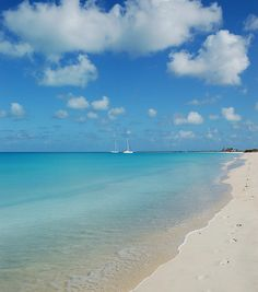 Barbuda sailing Low Bay by Horizon Yacht Charters, via Flickr