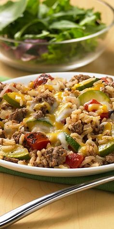 Ground beef, zucchini, fire roasted tomatoes and rice cooked together for an easy one skillet entrée; extra lean ground beef or turkey breast and brown rice New Recipes, Real Food Recipes, Dinner Recipes, Cooking Recipes, Healthy Recipes, Dinner Ideas, Fish Recipes, Healthy Foods, Yummy Recipes