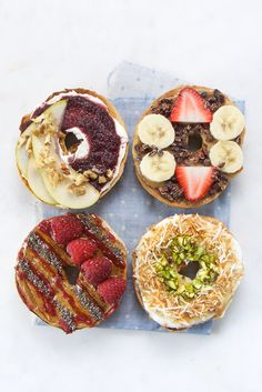 Super simple, healthy bagel topping alternatives. Who knew that Beech-Nut purées on bagels could be so healthy and delicious?!