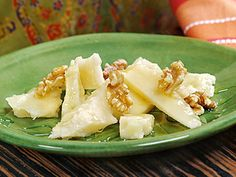 Pecorino Sardo with Erica Honey and Walnuts