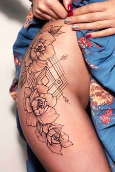 Ideas Of Cool Geometric Tattos Body Art Tattoos, Girl Tattoos, Sleeve Tattoos, Tattoos For Guys, Tatoos, Great Tattoos, Unique Tattoos, Small Tattoos, Symbolic Tattoos