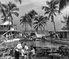 Miami Archives - Tracing the rich history of Miami, Miami Beach and the Florida Keys: Raleigh Hotel, Miami Beach