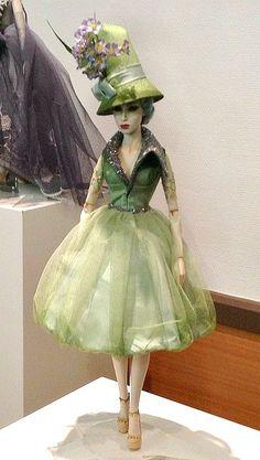 https://flic.kr/p/e3LvdR | Sybarite | From Paris Doll Festival. Sunday salesroom OOAK from Superfrock.