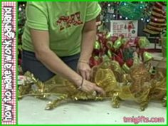 How to make a garland...luv this! it's sooo easy..look out Hobby Lobby this Christmas! or for any Holiday! =)