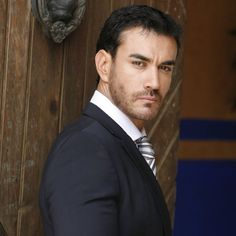 I want to be a mexican actress just to act with this cutie...David Zepeda. (Sigh)