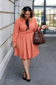 50 Womens Work Outfits for Plus Size Ideas 40 Work Outfits Ideas :summer work outfits pants Casual Work Outfits For Women Over 50 - OUTFIT Latest Office & Work Outfits Ideas for Women Check latest offic. Casual Work Outfits, Mode Outfits, Work Casual, Curvy Work Outfit, Formal Outfits, Summer Outfits, Casual Summer, Casual Wear, Late Summer