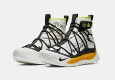The Nike ACG Air Terra Antarktik is a GORE-TEX-equipped beast that is sure to please all Gorpcore enthusiasts. Take a closer look at it here. Men's Shoes, Nike Shoes, Sneakers Nike, Nike Acg Boots, Lebron James Family Foundation, Air Max 120, Gore Tex, Nike Sportswear, Winter Boots