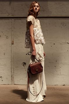 5 FAVES from Chloé Resort 2016. Love the softly, softly feel of this collection, perfect for the chic global roamer. Visit us at www.thechictravelclub.com Join us at www.facebook.com/thechictravelclub